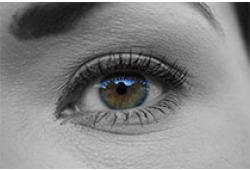 靠滴眼药水治干眼症?专家称不同干眼症状治疗应不同