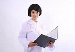 """专家:中国胃癌治愈率亟待提升 重视早筛早诊和创新<font color=""""red"""">治疗</font>"""