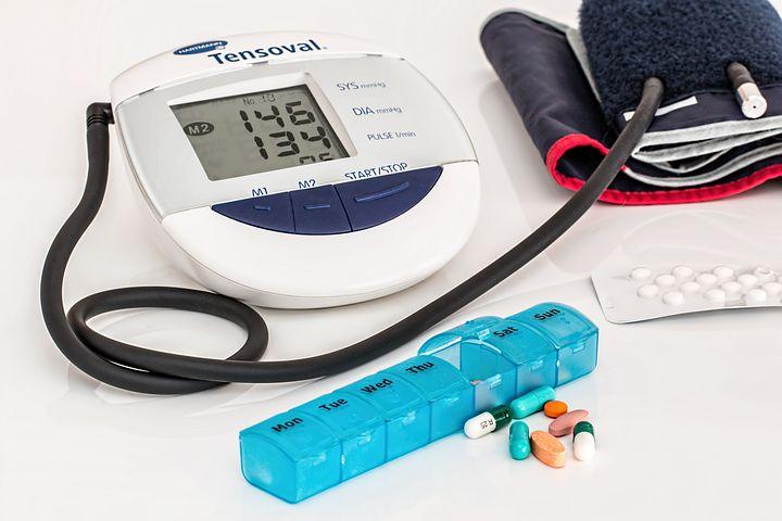 Hypertension: 机器学习模型精准预测青年高血压转归!