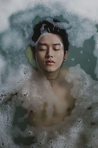 BMJ子刊:每天一次热水澡,患心血管疾病风险更低