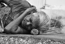 JAMA Neurol:快速眼動睡眠減少與中老年死亡率增加相關