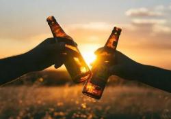 """喝酒脸红的人更易患癌,中国每年有70.9万人因<font color=""""red"""">酒</font>丧命!"""