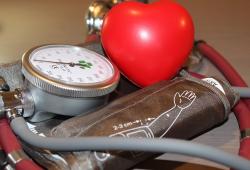 全球高血压患者激增至11亿,越年轻死亡风险越高!