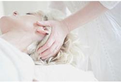 Neurology:急性缺血性卒中患者血壓與預后之間的關系隨時間變化