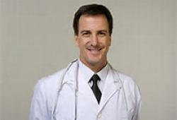 """疫情下報考醫學專業人數增加 醫界前輩的""""開學第一課""""講了啥?"""