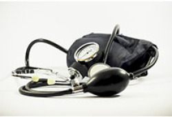 Hypertension:高血压诊断年龄与脑结构和痴呆症之间的关联