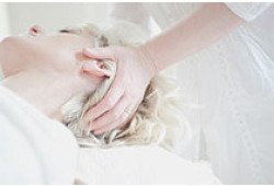 Stroke:口服抗凝治疗的房颤患者体重指数与临床结局的关系