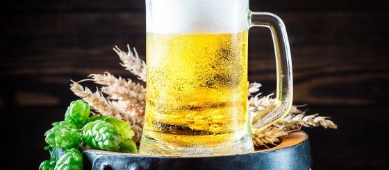 BMC Medicine:30多万人研究显示,只喝酒不吃菜死亡风险更高!
