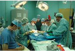 单孔胸腔镜手术治疗肺癌:CSTCVS和CATS共识报告