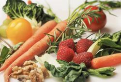 JAMA Netw Open:中国膳食烟酸摄入量与新发高血压风险评估