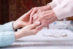 ClinicalNutrition: 中性粒细胞与淋巴细胞比例高与住院的癌症患者的少肌症风险增加相关