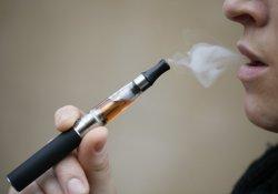 Can J Cardiol:三思而后行!心脏病专家再次警告电子烟健康风险