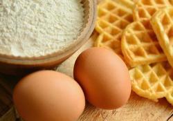 AmJClinNutr: 摄入过多的胆固醇和鸡蛋会增加绝经后妇女发生的心血管疾病的发生率