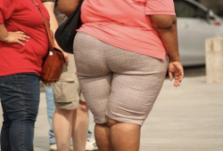 Stroke:190万数据证实,青春期肥胖是导致中风的重要因素,或可高出常人2倍!