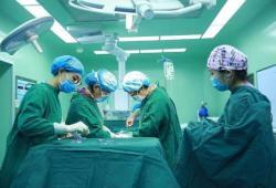 IBD: 手术会持续降低炎症性肠病患者肠道中的微生物组和代谢组的多样性