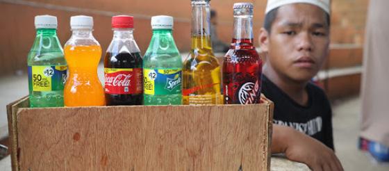 Gut:喝饮料吗?青春期长期食用含糖饮料罹患大肠癌的风险增加32%