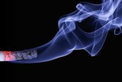 JAMA Netw Open:2020年美国青少年电子烟使用行为特征