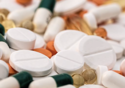 """JAMA 子刊:老年人可能会过度使用阿司匹林,尤其是糖尿<font color=""""red"""">病患</font><font color=""""red"""">者</font>"""