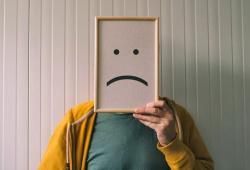 Lancet Psychiatry:COVID-19大流行最初几个月的自杀趋势未见明显增长