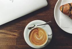 Nutritional Neuroscience:过量喝咖啡会减少脑容量,增加50%的痴呆症风险!