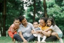 """JAMA Pediatr:新冠肺炎家庭传播案例中 儿童年龄越小成为""""零号""""病人的可能性越大"""