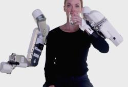 JNER:机器人强化中风治疗的康复策略—一项初步研究