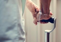 Rheumatology:强直性脊柱炎患者淀粉样变性的风险、预测因素和预后