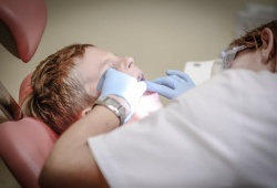J Dent Res: 通过成像和人工智能改善口腔癌的预后