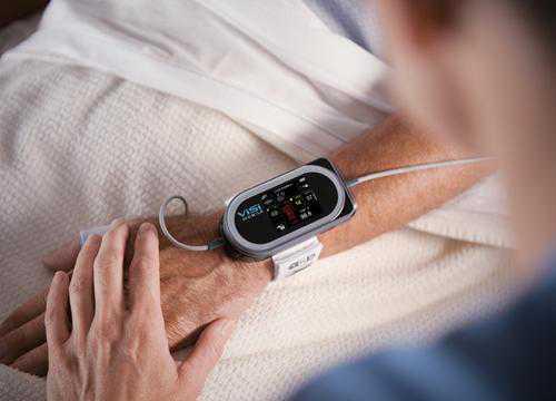 可穿戴设备:手环手表降温 医疗健康有机遇