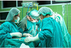 宫腔镜术中发生严重致死性肺水肿1例