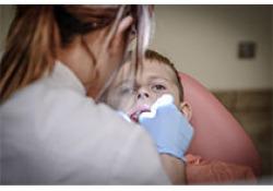 """J Endod:根内材料对施以<font color=""""red"""">MTA</font>根尖诱导的未发育成熟牙齿发生根裂的影响比较:一项回顾性研究"""