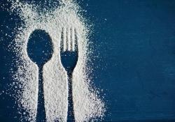 """华人科学家首次发现,高<font color=""""red"""">葡萄</font>糖摄入促进自身免疫的机制,看来吃糖还是得适量"""